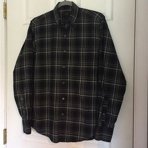 J.CREW Modern Plaid Buttoned Down. Like new!